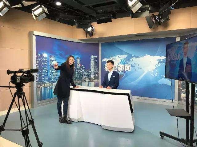 播音主持专业和新闻学专业有什么不同?